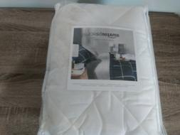 amazonbasics 39 x 75 quilted mattress topper twin size