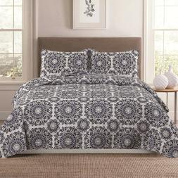 Full/Queen or King Medallion 3-Piece Quilt Bedding Set Cover