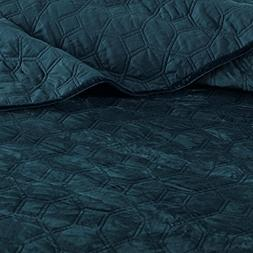 Madison Park Harper Velvet Full/Queen Size Quilt Bedding Set
