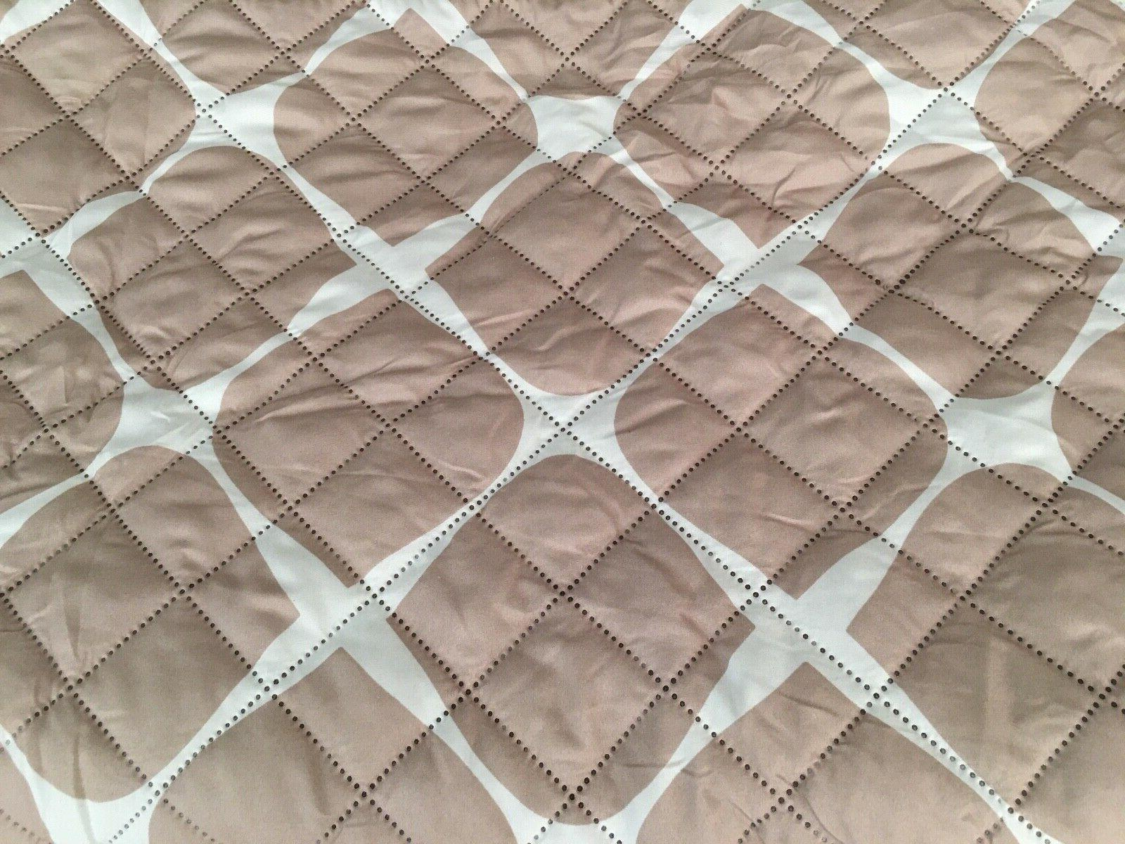 New Beige-White Quilted Pockets-REVERSIBLE!