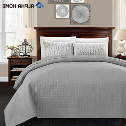 Lightweight Bed Quilt, Classical Pattern Comforter Bedspread