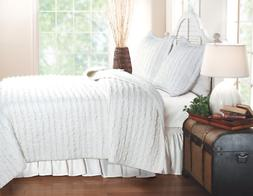 Greenland Home Ruffled White Quilt Set, Twin